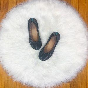 Tieks Black Leather Patent Size 6 Flats Turquoise